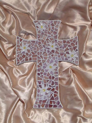 Mosaic Cross ~ Daisies in Mauve