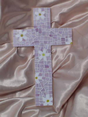 Mosaic Cross ~ Pieced Daisies in Lavender
