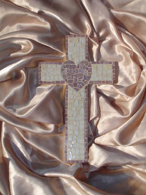 Mosaic Cross ~ Heart in Mauve